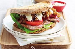 Steak sandwich with caramelised onions and mustard cream